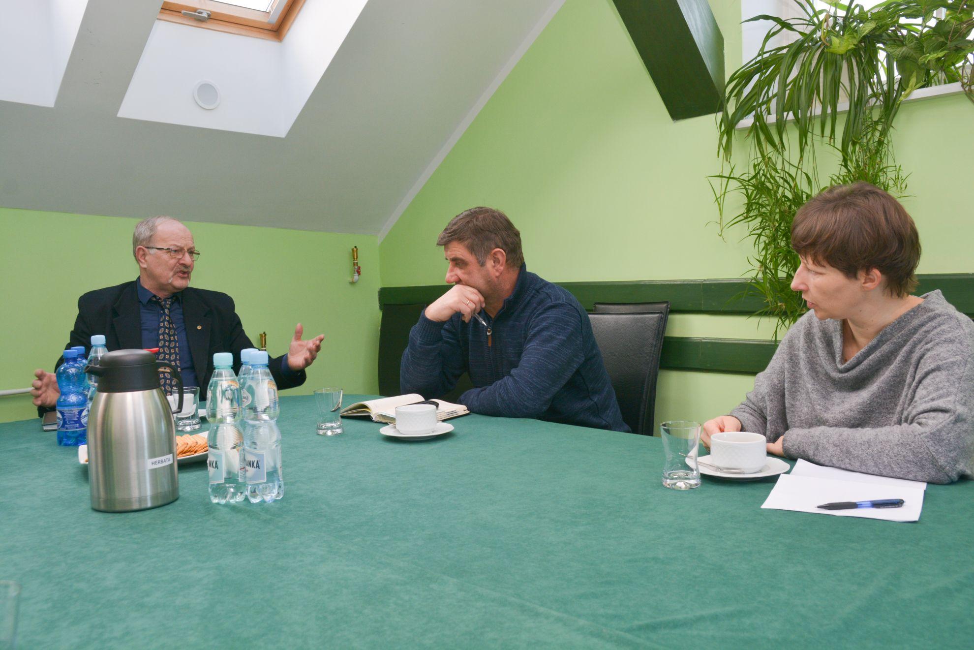 Spotkanie wsprawie barszczu Sosnowskiego