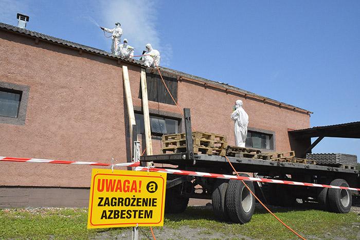 Milion złotych nausuwanie azbestu